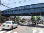 関内。根岸線の鉄橋