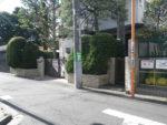 狛江市と世田谷区の境を進む