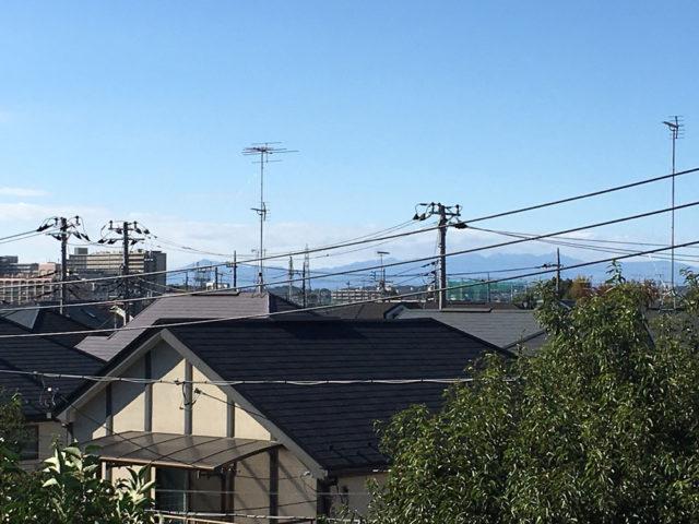 富士山は雲に隠れてしまっていますが、大山と丹沢山系はよく見えました。