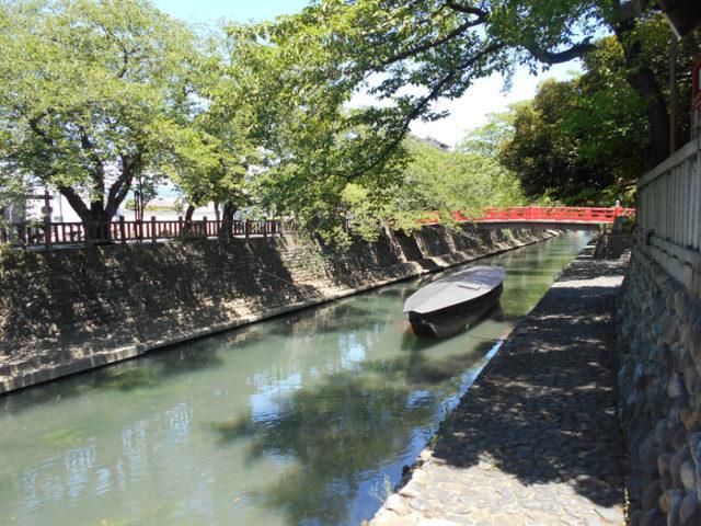 水門川の船町港。詳しくはtop page写真。揖斐川に出て桑名まで船で行けた。