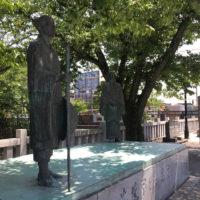 大垣宿船町港の芭蕉と木因像