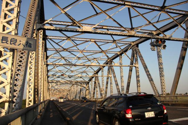 長良大橋。昭和8年完成