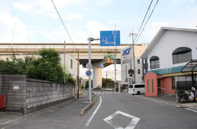 清須市に入り、東名阪自動車道をくぐれば、もうすぐ清須宿です。