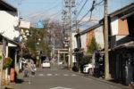 美江寺宿。枡形の角に美江神社。かつてはまえに高札場があった。