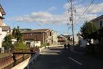 論田川沿いの中山道