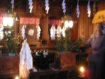 おおすみ山荘の拝殿。パワーがすごくて写真がぼけています(すみません)