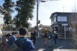 調布市と狛江市の市境。右が調布、左が狛江。