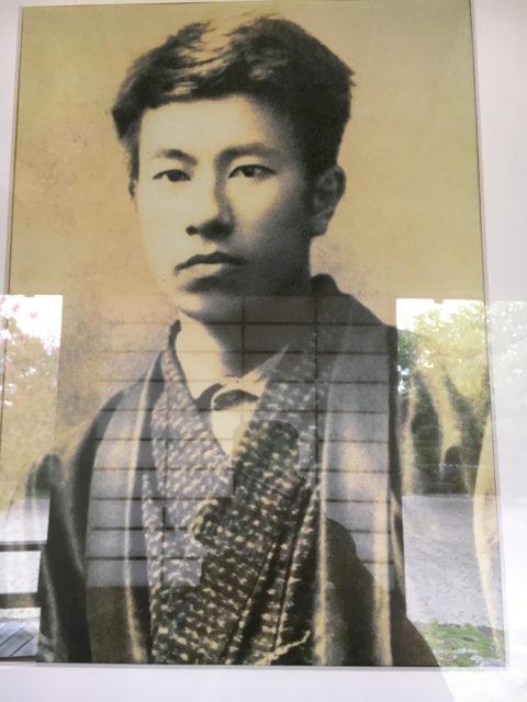 島崎藤村著の『夜明け前』で有名な馬籠宿。藤村は馬籠宿本陣が生家。今は藤村記念館になっています
