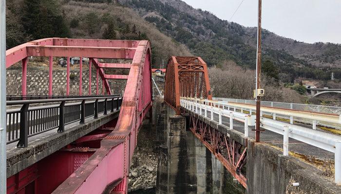 小川・王滝森林鉄道の鬼淵鉄橋(右)