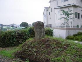 ひっそりと残っていた庚申塔。来年もあることを祈っております。