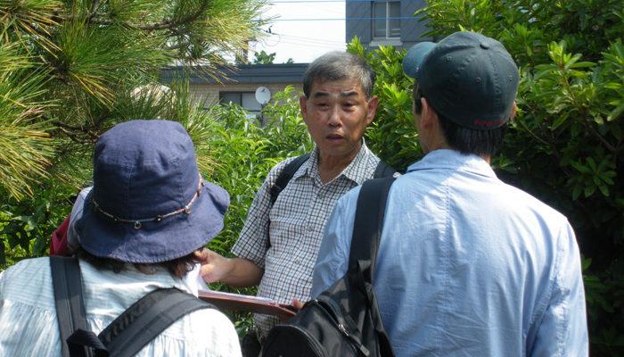 宮崎大塚の上で説明をされる中平龍二郎さん