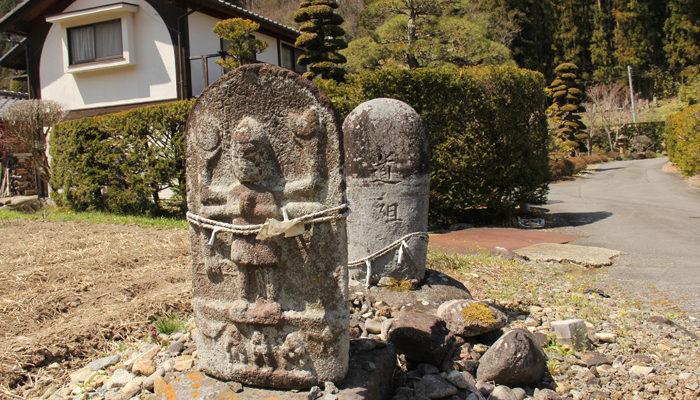 和田中組の庚申塔と道祖神